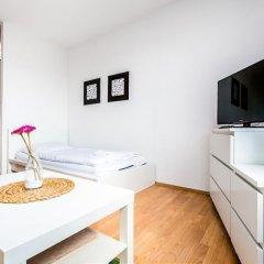 Апартаменты Apartment Höhenberg in Messenähe Кёльн комната для гостей фото 4