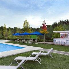 Sheraton Tirana Hotel бассейн