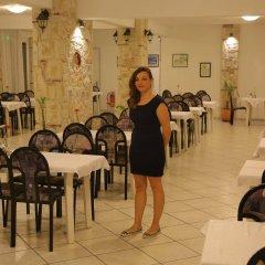 Отель Hilltop Hotel Греция, Ханиотис - отзывы, цены и фото номеров - забронировать отель Hilltop Hotel онлайн питание фото 2