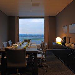 Отель Radisson Blu Hotel Zurich Airport Швейцария, Цюрих - 1 отзыв об отеле, цены и фото номеров - забронировать отель Radisson Blu Hotel Zurich Airport онлайн в номере