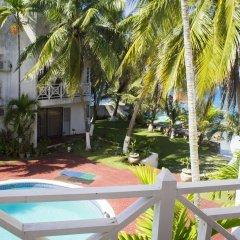 Отель Chrisanns Beach Resort Ямайка, Очо-Риос - отзывы, цены и фото номеров - забронировать отель Chrisanns Beach Resort онлайн балкон