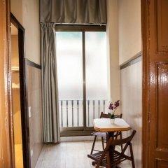 Отель Pensión Segre Испания, Барселона - 2 отзыва об отеле, цены и фото номеров - забронировать отель Pensión Segre онлайн в номере
