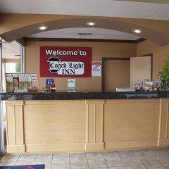 Отель Coach Light Inn интерьер отеля фото 3