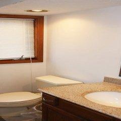 Отель Olentangy Inn США, Колумбус - отзывы, цены и фото номеров - забронировать отель Olentangy Inn онлайн ванная