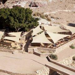 Отель Petra Guest House Hotel Иордания, Вади-Муса - отзывы, цены и фото номеров - забронировать отель Petra Guest House Hotel онлайн пляж фото 2