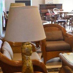 Отель Alfonso Hotel Филиппины, Тагайтай - отзывы, цены и фото номеров - забронировать отель Alfonso Hotel онлайн гостиничный бар