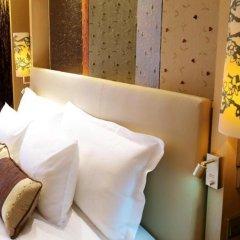 LN Garden Hotel Guangzhou Гуанчжоу сейф в номере