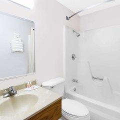 Отель Super 8 by Wyndham Algona ванная