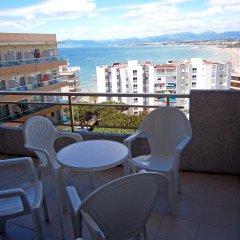 Отель Aparthotel Almonsa Platja Испания, Салоу - 6 отзывов об отеле, цены и фото номеров - забронировать отель Aparthotel Almonsa Platja онлайн балкон