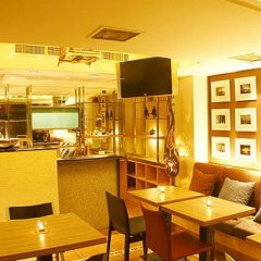 Отель Diamond House Бангкок гостиничный бар