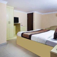 Отель Landmark Inn сейф в номере
