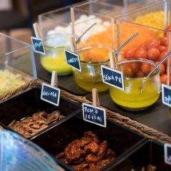 Отель UNA Hotel Tocq Италия, Милан - отзывы, цены и фото номеров - забронировать отель UNA Hotel Tocq онлайн питание фото 2