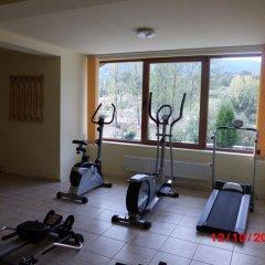 Отель Crystal Болгария, Смолян - отзывы, цены и фото номеров - забронировать отель Crystal онлайн фитнесс-зал