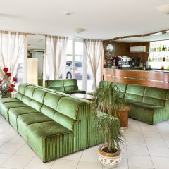 Hotel Sandra Римини гостиничный бар