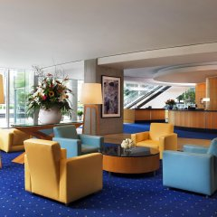 Отель Sheraton Vancouver Wall Centre Канада, Ванкувер - отзывы, цены и фото номеров - забронировать отель Sheraton Vancouver Wall Centre онлайн гостиничный бар