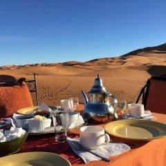 Отель Kasbah Mohayut Марокко, Мерзуга - отзывы, цены и фото номеров - забронировать отель Kasbah Mohayut онлайн питание