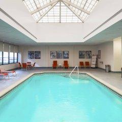 Отель Sheraton Lincoln Harbor Вихокен бассейн