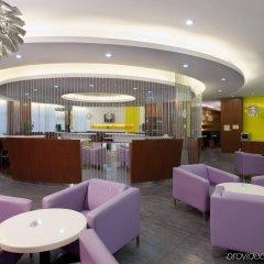 Отель Holiday Inn Express Luohu Шэньчжэнь гостиничный бар