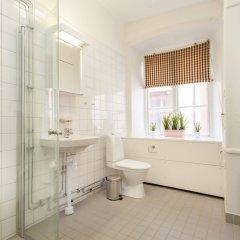 Отель ApartDirect Gamla Stan II Стокгольм ванная