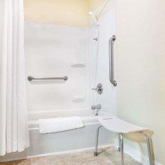 Отель Super 8 by Wyndham Manning ванная