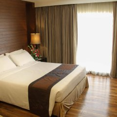Отель FuramaXclusive Sathorn, Bangkok комната для гостей фото 4