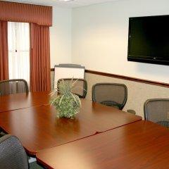 Отель Hampton Inn & Suites Springdale удобства в номере фото 2