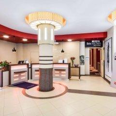 Гостиница Ибис Сибирь Омск в Омске 2 отзыва об отеле, цены и фото номеров - забронировать гостиницу Ибис Сибирь Омск онлайн интерьер отеля фото 3
