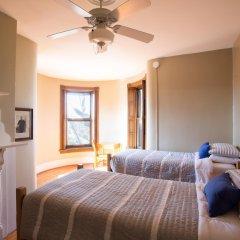 Отель Found Places Capitol Hill Bed & Breakfast США, Вашингтон - отзывы, цены и фото номеров - забронировать отель Found Places Capitol Hill Bed & Breakfast онлайн комната для гостей фото 3