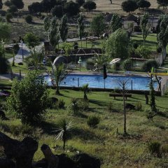 Отель El rincón de Cabañeros бассейн