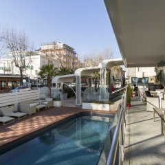 Best Western Maison B Hotel Римини бассейн