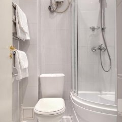 Гостиница Звездный в Туле отзывы, цены и фото номеров - забронировать гостиницу Звездный онлайн Тула ванная фото 2