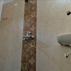Rootsvilla Hostel Goa Гоа ванная