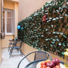 Отель Central Safe Smart Apartment Греция, Афины - отзывы, цены и фото номеров - забронировать отель Central Safe Smart Apartment онлайн балкон