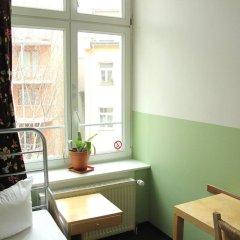 Отель St Christophers Inn Berlin удобства в номере
