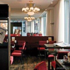 Отель Arcotel Rubin Гамбург гостиничный бар