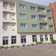 Millennium Guest House & Suites in Monrovia, Liberia from 112$, photos, reviews - zenhotels.com parking