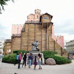 Апартаменты Podol Apartment Киев спортивное сооружение
