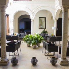 Отель Posada Del Lucero Испания, Севилья - отзывы, цены и фото номеров - забронировать отель Posada Del Lucero онлайн гостиничный бар