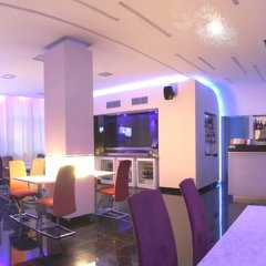 Hotel Relax Inn гостиничный бар
