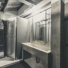 Отель Bunkyard Hostels Шри-Ланка, Коломбо - отзывы, цены и фото номеров - забронировать отель Bunkyard Hostels онлайн ванная фото 2