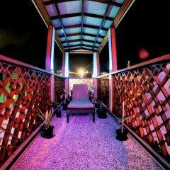 Отель Six In One Мальдивы, Северный атолл Мале - отзывы, цены и фото номеров - забронировать отель Six In One онлайн балкон
