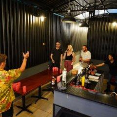 Отель The Prince of Whales Hostel & Bar Вьетнам, Хошимин - отзывы, цены и фото номеров - забронировать отель The Prince of Whales Hostel & Bar онлайн развлечения