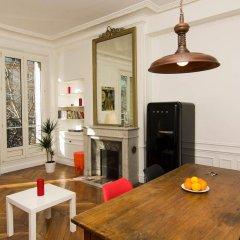 Апартаменты BP Apartments - Le Marais area Париж комната для гостей фото 2