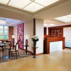 Sheraton Zürich Neues Schloss Hotel интерьер отеля фото 3