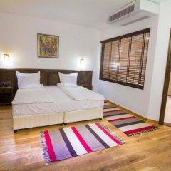Отель Arbanashki Han Hotelcomplex Велико Тырново комната для гостей фото 5