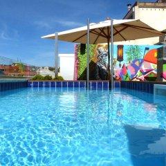 Sercotel Amister Art Hotel бассейн