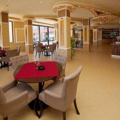 Отель Sea Complex Relax& Spa- All Inclusive Болгария, Поморие - отзывы, цены и фото номеров - забронировать отель Sea Complex Relax& Spa- All Inclusive онлайн интерьер отеля