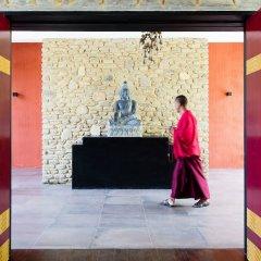 Отель Pavilions Himalayas Непал, Лехнат - отзывы, цены и фото номеров - забронировать отель Pavilions Himalayas онлайн интерьер отеля фото 2