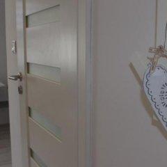 Отель Bed and Breakfast Nowolipki Варшава комната для гостей фото 2