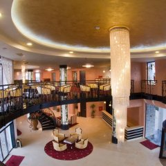 Отель The Vineyards Resort интерьер отеля